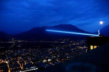 raggio laser dall'hotel panorama di sardagna